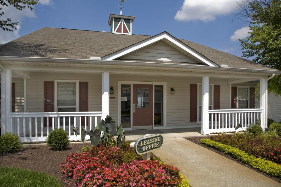clubhouse at apartments in La Vergne, TN