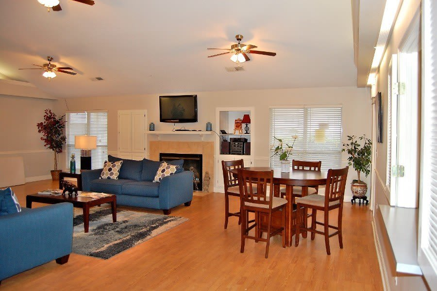 Living room and dining room at Cedar Ridge