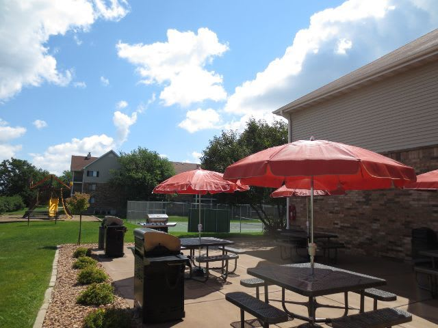 photos of pointe west apartment homes in west des moines ia
