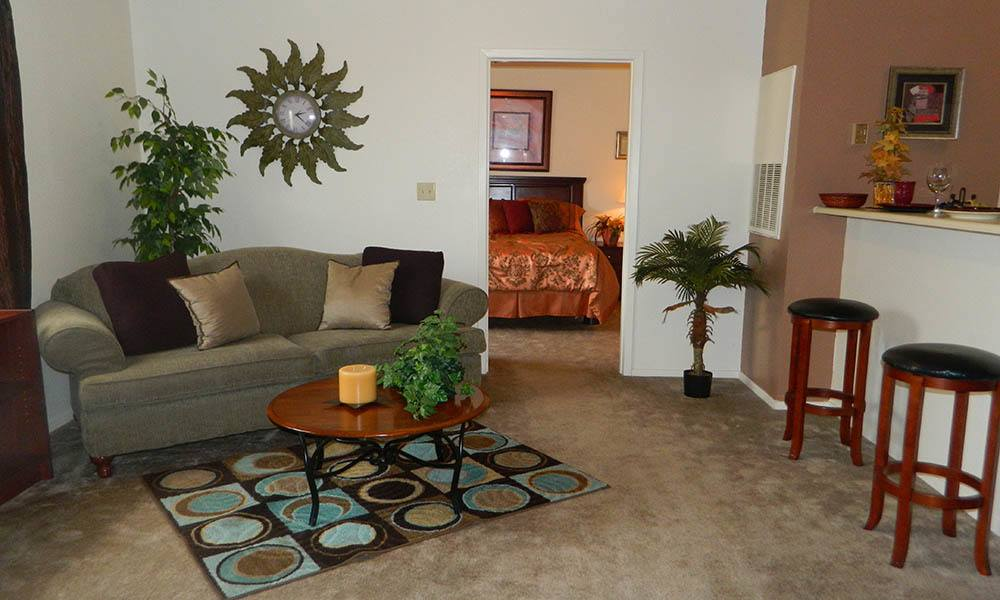 Living Room At The Shelby Apartment Homes in Southaven, Mississippi
