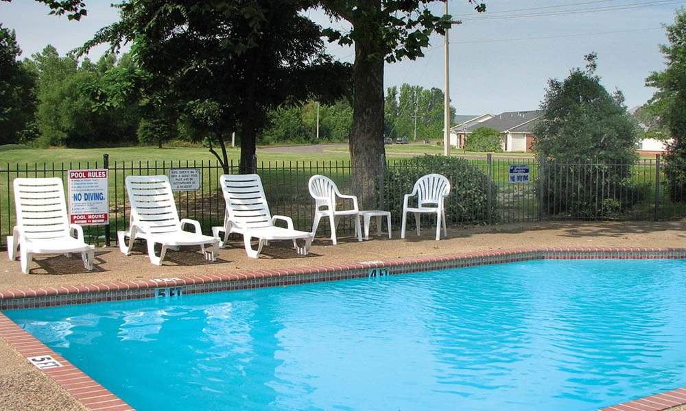 Pool Deck At The Shelby Apartment Homes in Southaven, Mississippi