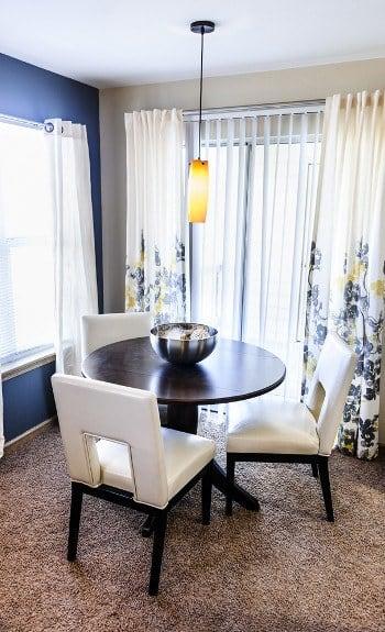 Dining room at Manassas Station Apartments in Manassas, Virginia