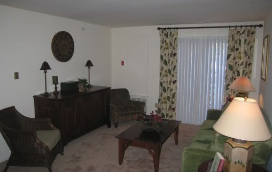 Spacious living rooms at our apartments in Newark