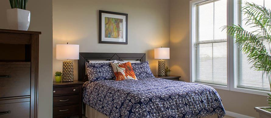 Master bedroom at Courts at Historic Manassas in Manassas