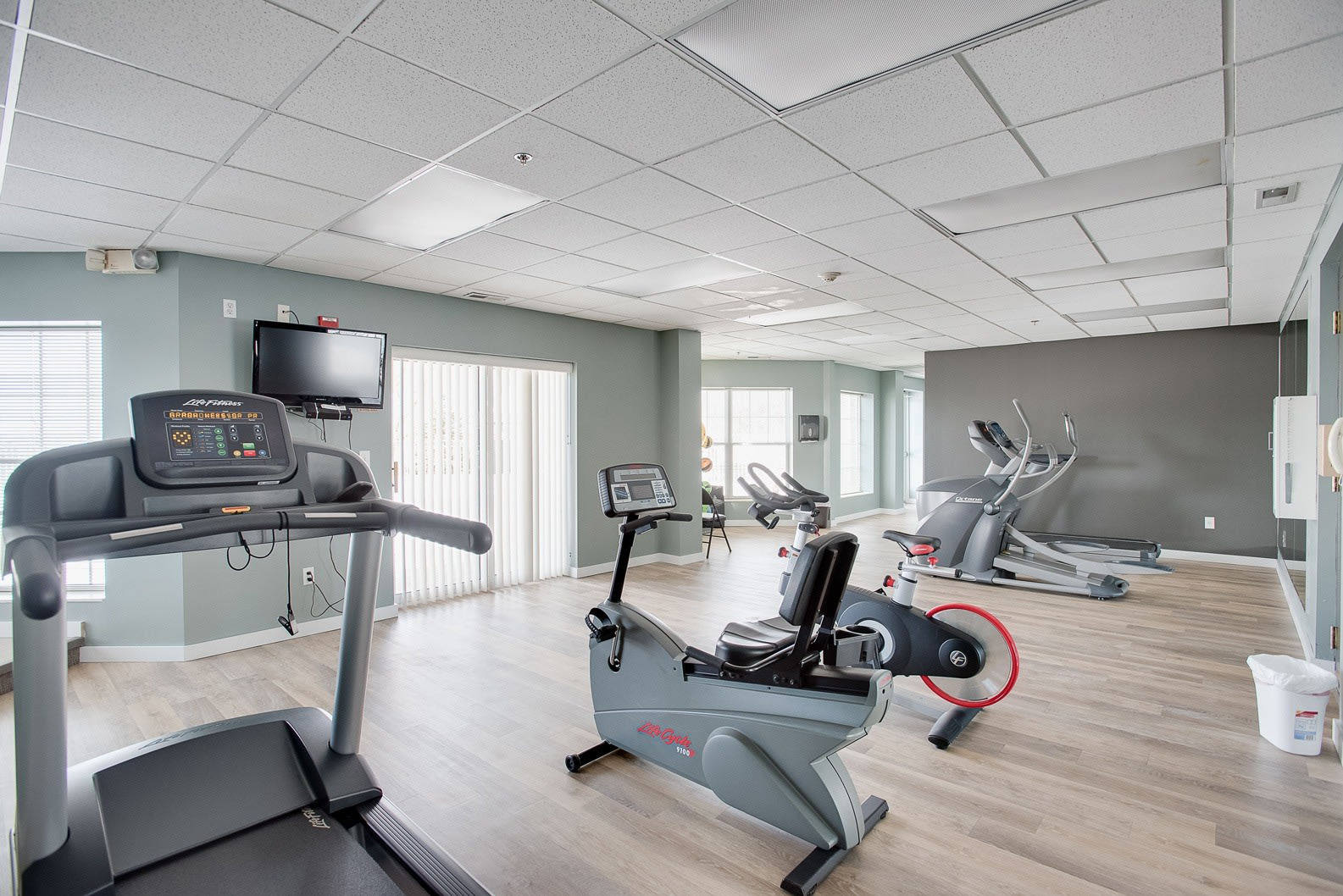 Provence Apartments fitness center in Burnsville MN