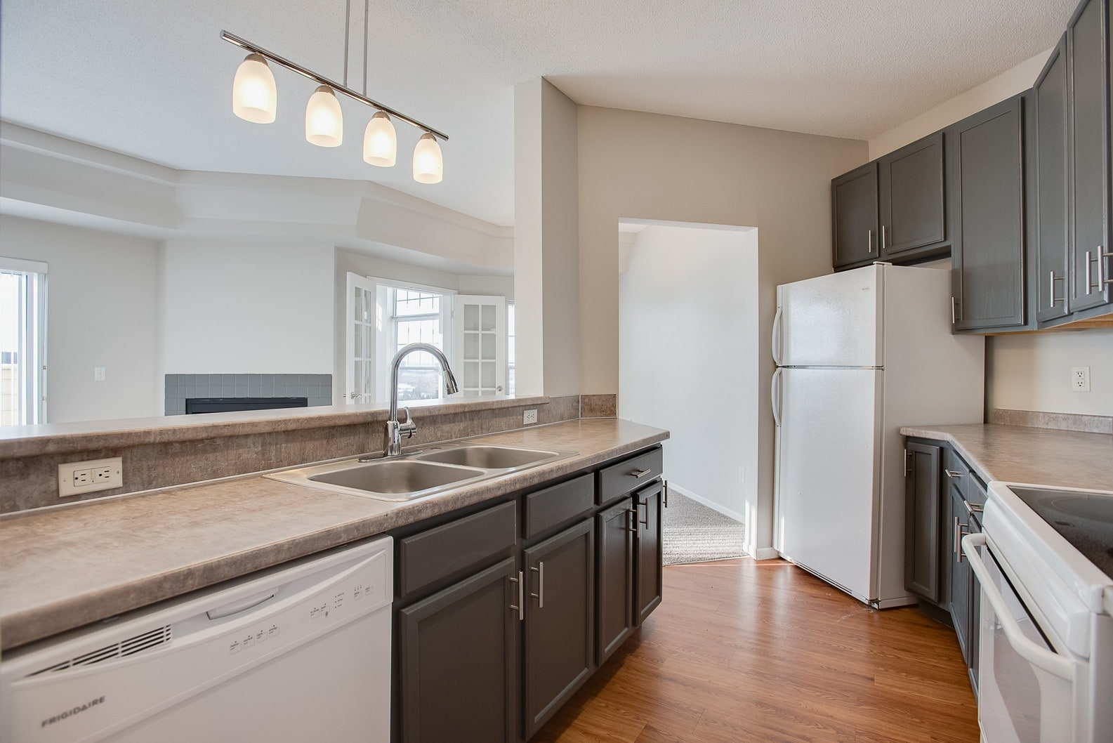 Gourmet kitchens in Burnsville apartments