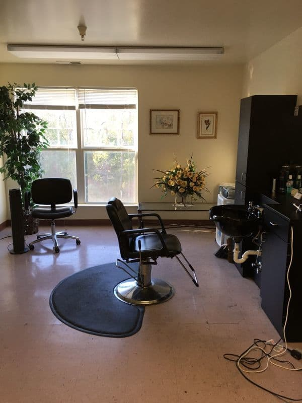 salon at apartments in Midlothian, VA