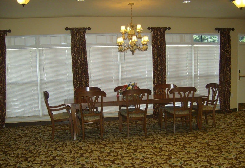 Dining room at Atlantic at Twin Hickory