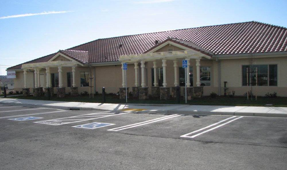 Front Of Our Senior Living Community In Brentwood