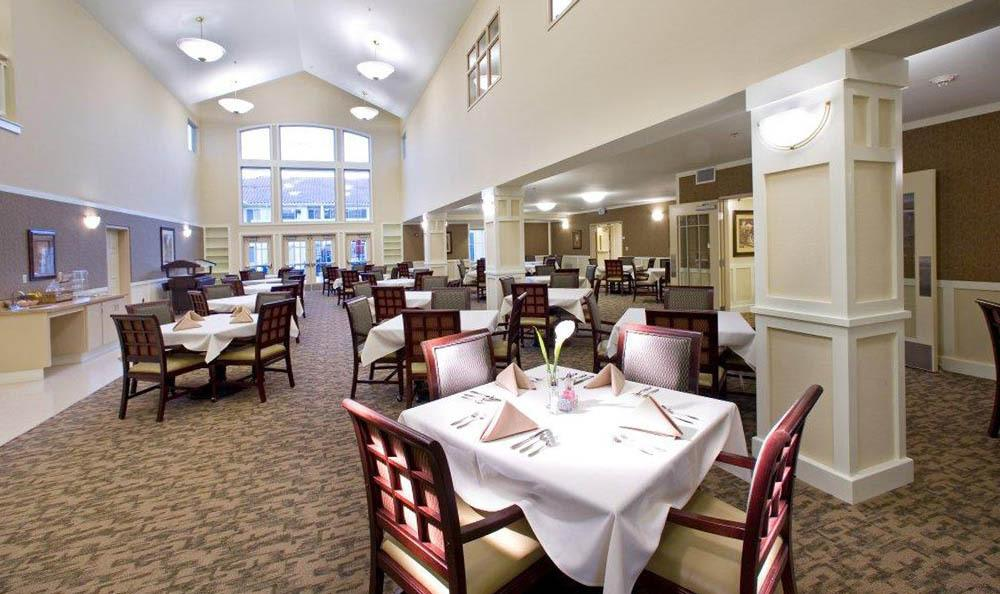 Spacious Dining At Our Senior Living Community In Brentwood