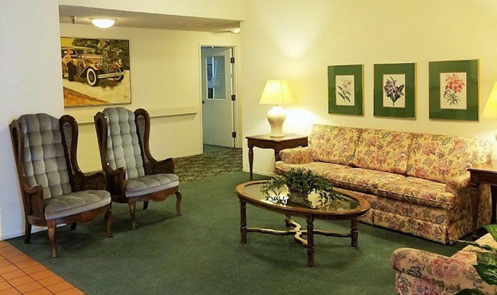 Common room at the senior living community in Sacramento