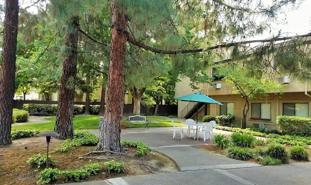 Exterior Building at the Senior Living in Sacramento