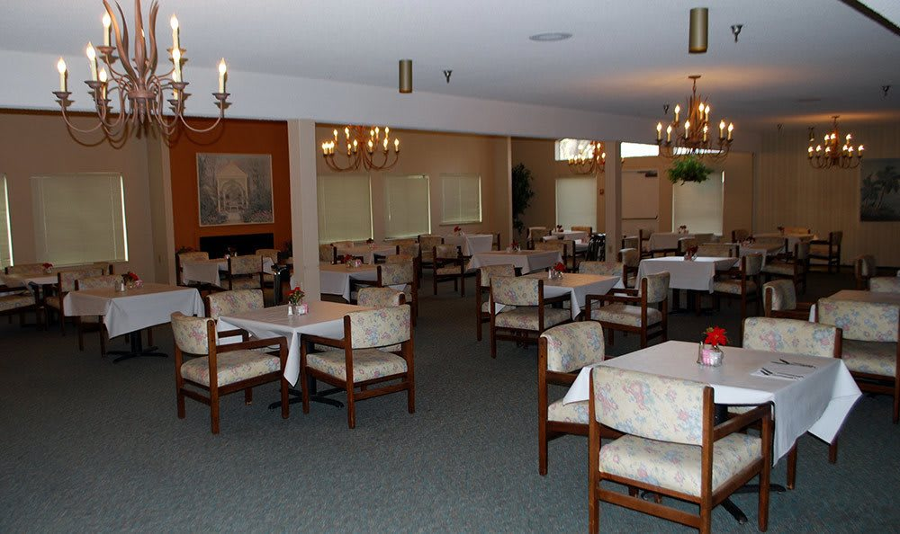 Common dining room at the senior living community in Sacramento