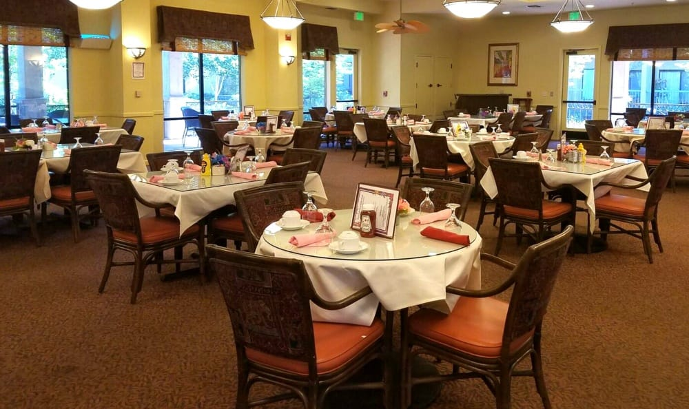 Dining Room at the Senior Living in Carmichael