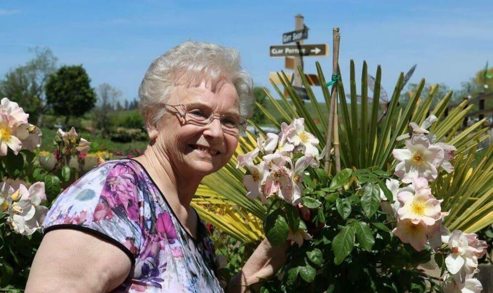 Flowers at the Senior Living in Carmichael