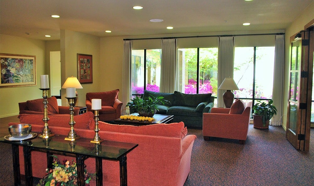 Senior Living in Carmichael has a Common Room
