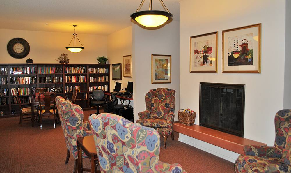 Common Room at the Senior Living in Roseville