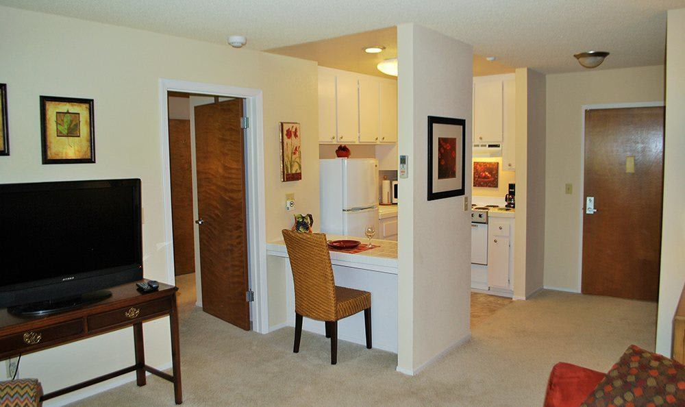 Open Floor Plans at the Senior Living in Roseville