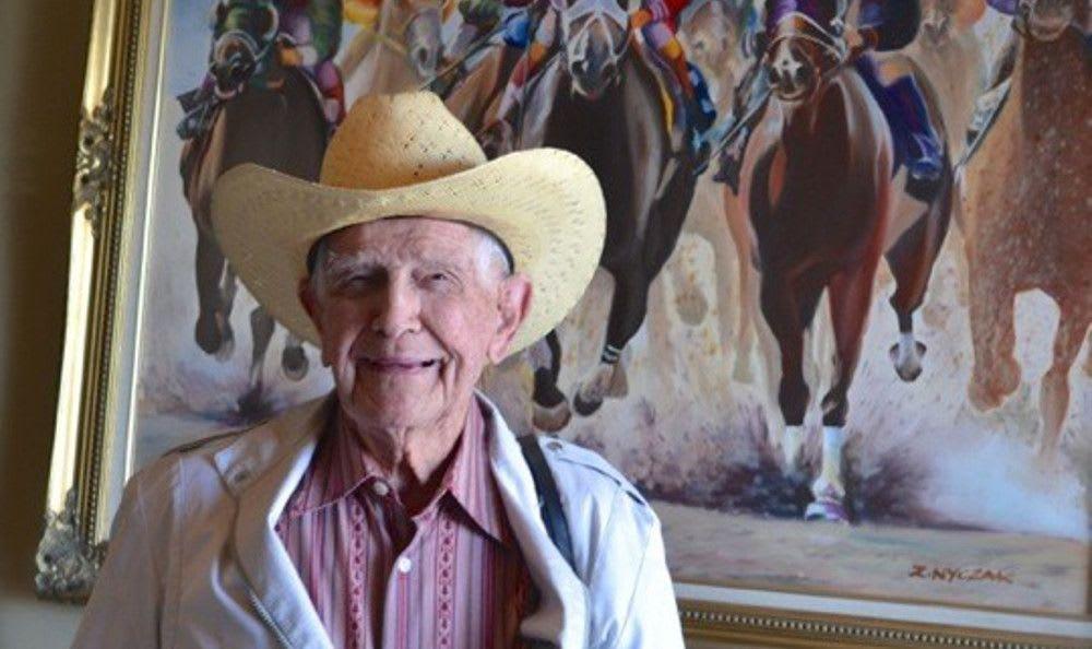 Horse Races at Roseville Commons Senior Living