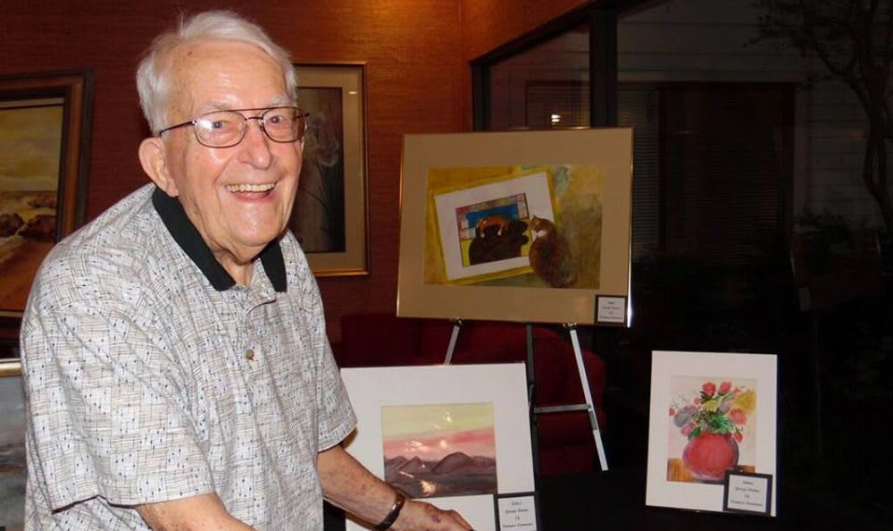 Senior living in Sacramento includes art night