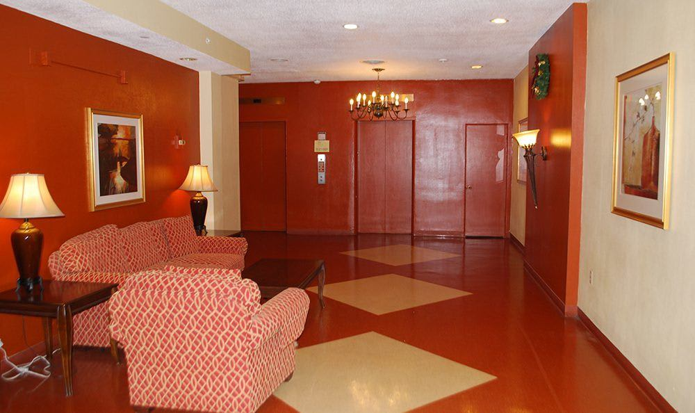 Lobby Area at the Senior Living community in Sacramento