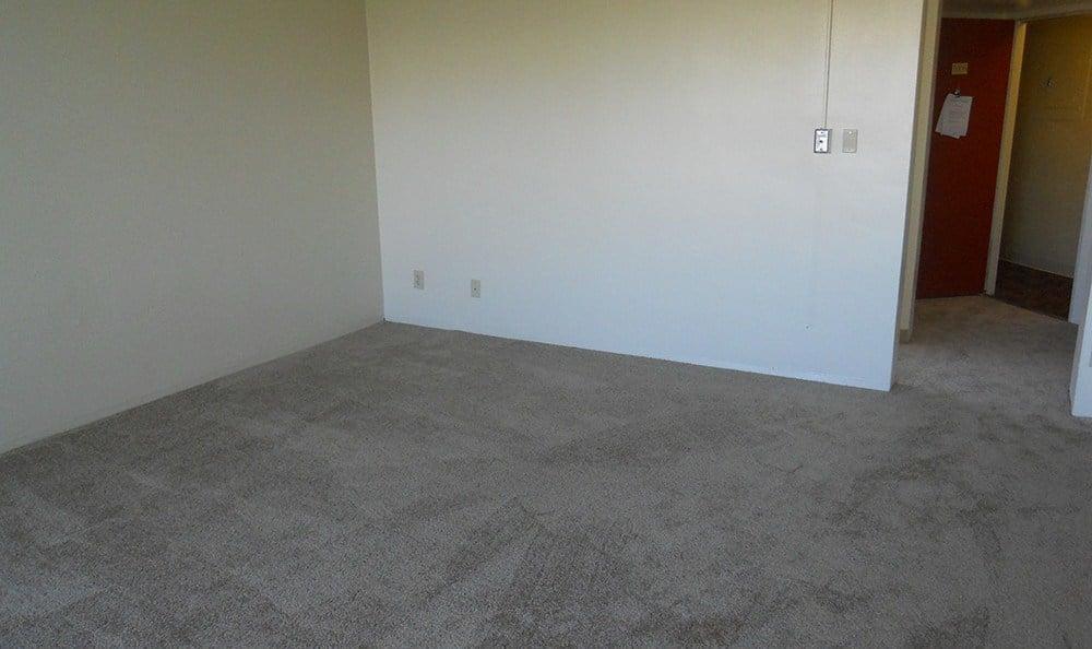 Spacious Living Room in Sacramento Senior LivingComunity