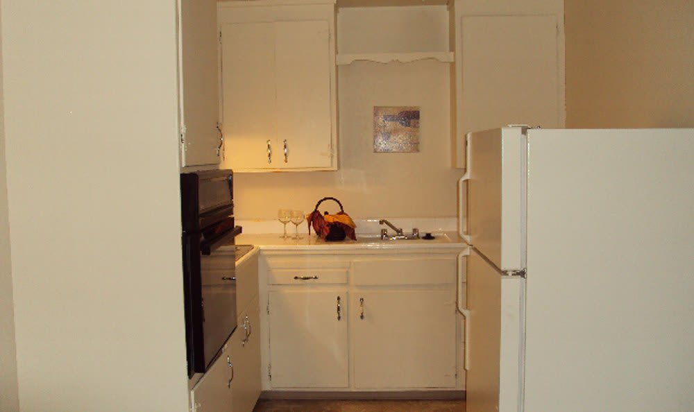 Kitchen cabinets at apartments in Sacramento