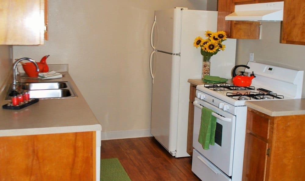 Spacious kitchen of Meritage Apartments in Lodi, California