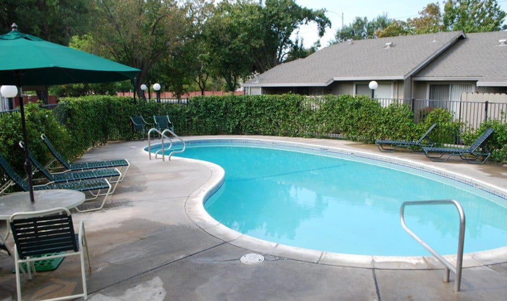 Pool area Meritage Apartments in Lodi, CA