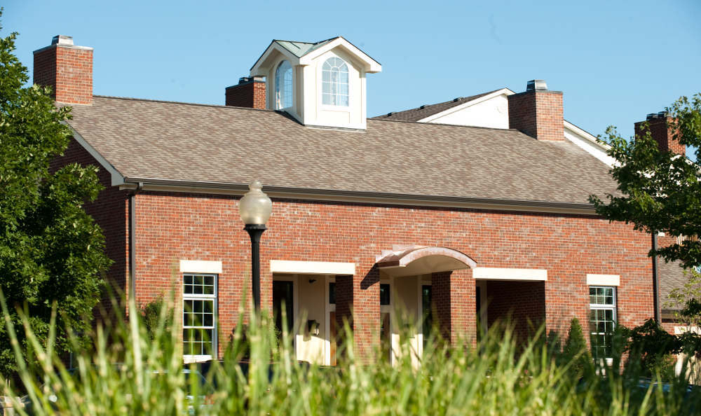 Lateral view of Beaumont Farms Apartments