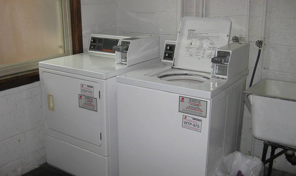 Laundry facilities at Edgewater South Apartments