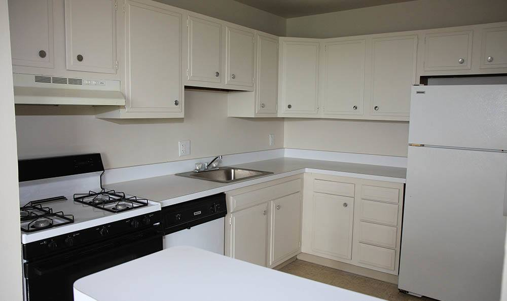 Kitchen at apartments in Warrensville Heights