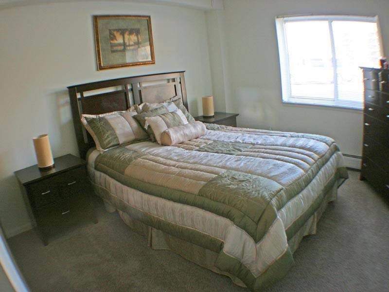 Bedroom at senior community in OH
