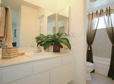 Bright and clean bathrooms at The Terrace