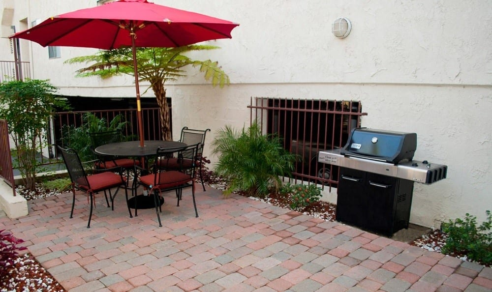 BBQ area on the patio at The Promenade in Van Nuys, CA
