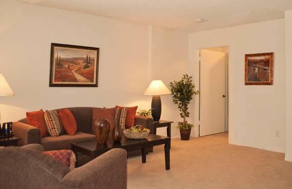 1 2 Bedroom Apartments In Sherman Oaks Ca The Hallmark