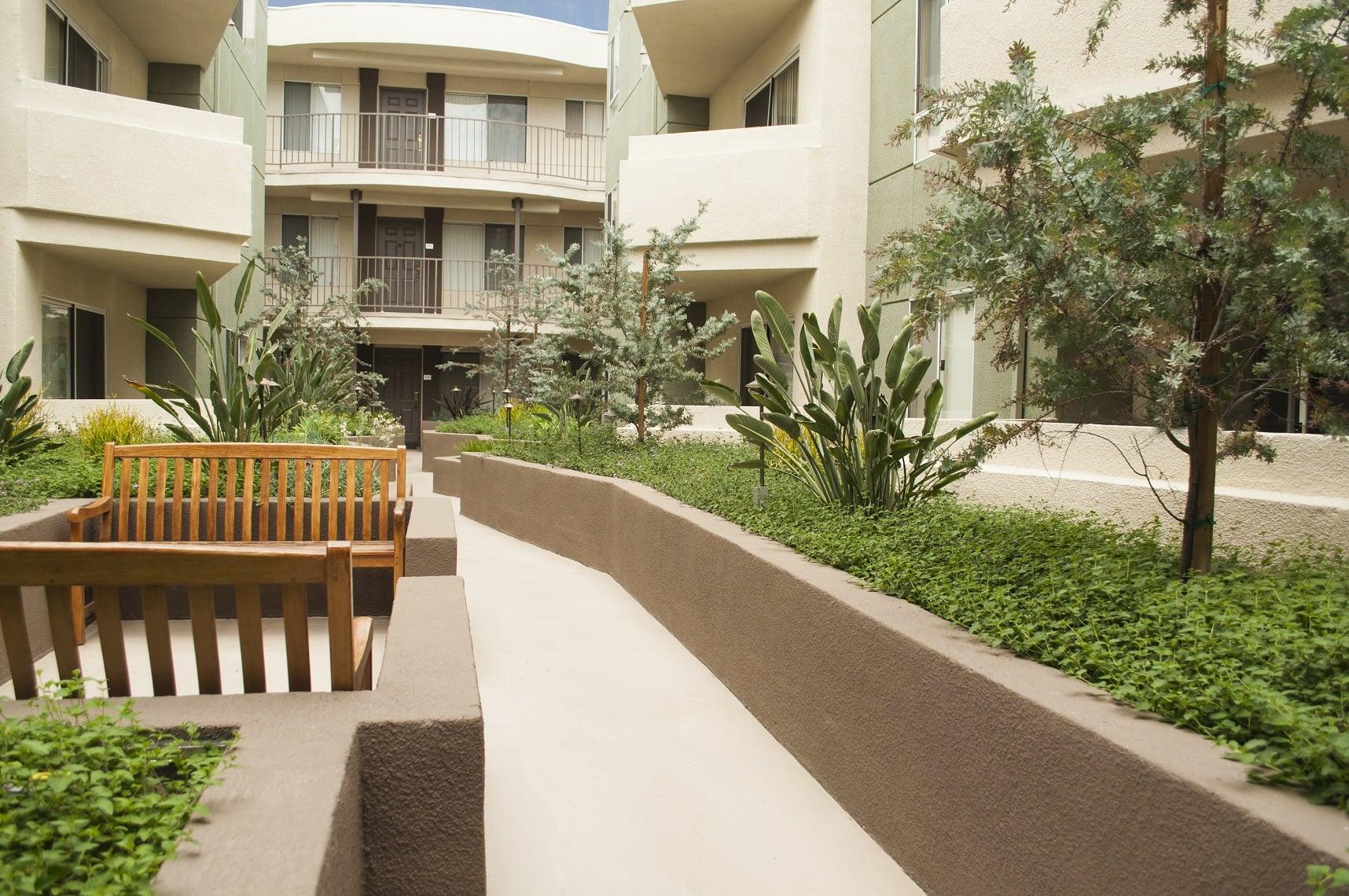 Beautiful courtyard at The Ritz in Studio City, California