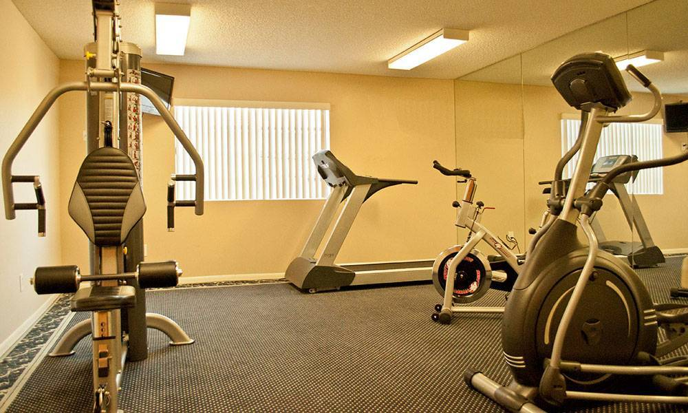 Workout facility at The Ritz in Studio City, CA