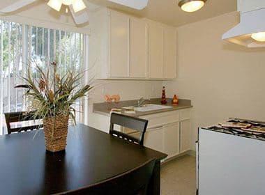 Bright and open kitchen at Vista Pointe II in Studio City, CA