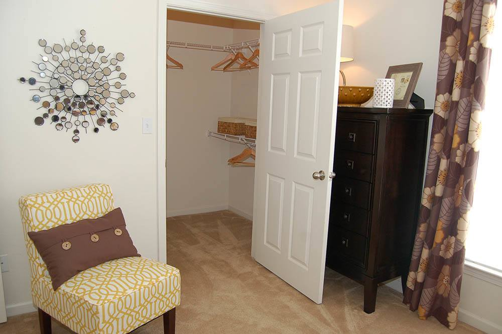 Walk in closets at Shreveport apartments