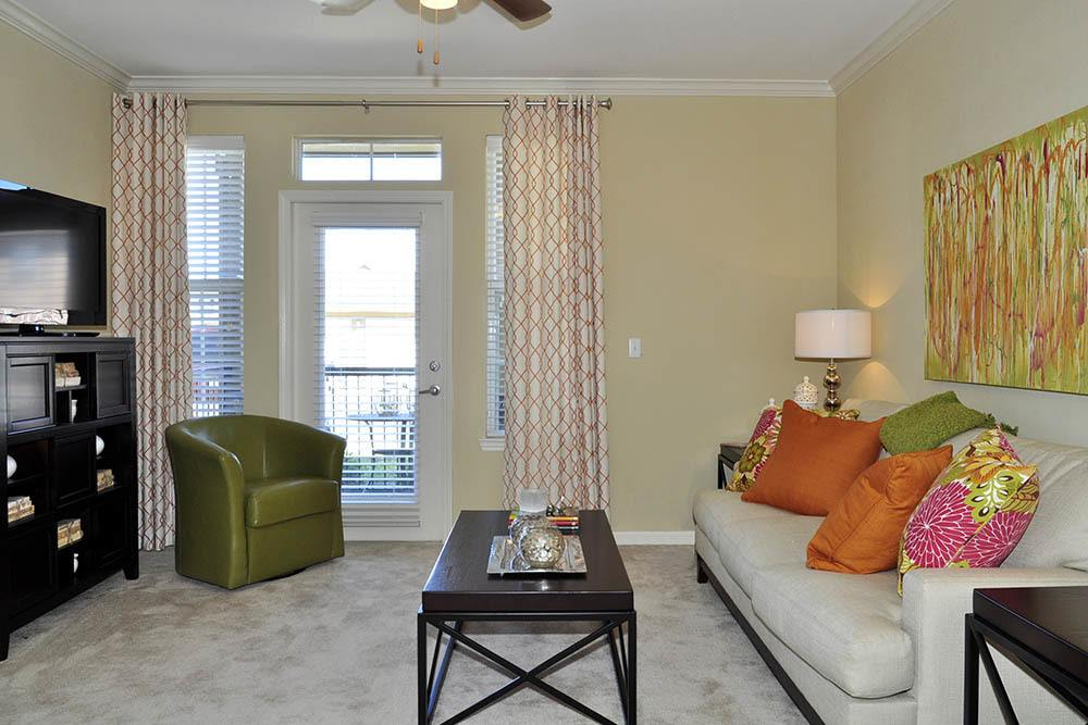 Furnished Living At Magnolia Trace