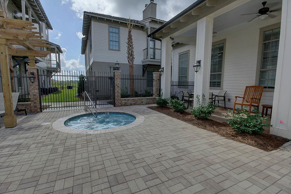 Community Hot Tub At Waterview Apartments