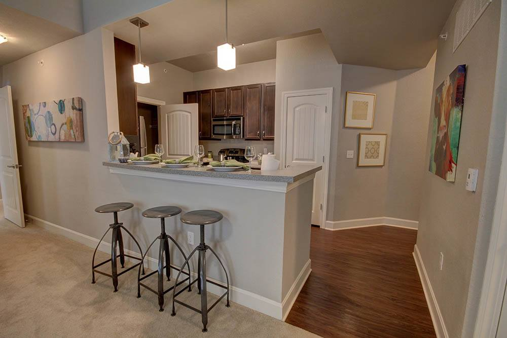 Kitchens With Granite Countertops At Waterview Apartments
