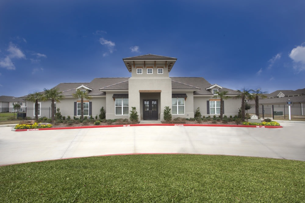 Belle Savanne Apartment Homes Clubhouse Entry