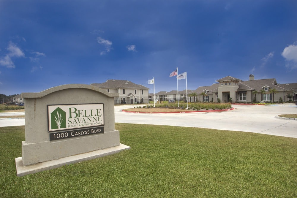 Belle Savanne Apartments Welcome Sign