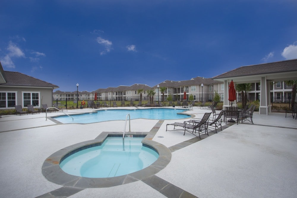 Belle Savanne Apartment Homes Pool and Hot Tub