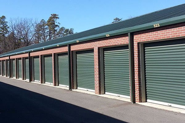 Outdoor storage units at Highway 10 Storage
