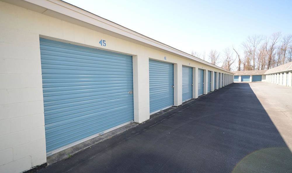 Highway 365 Storage Facility Exterior