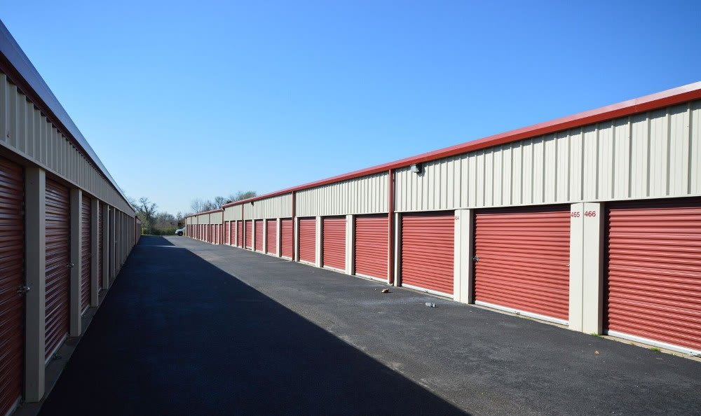 Drive up self storage units in Rogers, AR
