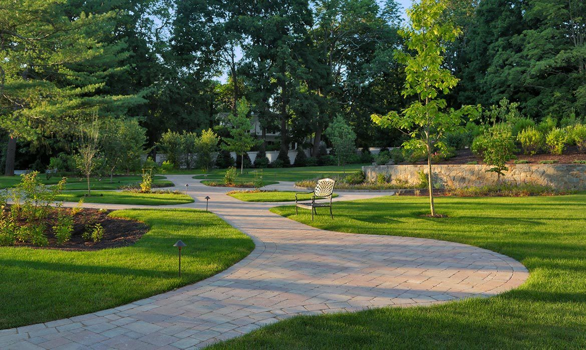 Your loved one will love strolling the peaceful and beautifully kept grounds at Maplewood at Darien.
